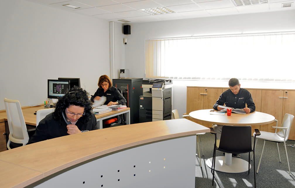 oficinas pabellón Instalaciones Boro