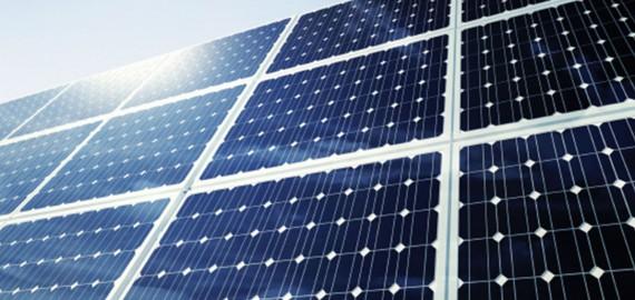 Instalación de placas solares en Instalaciones Boro